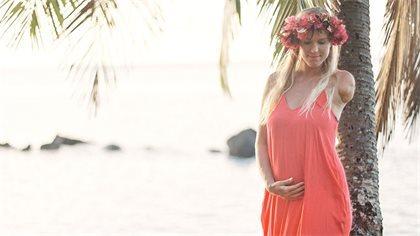blog-bethany-pregnant-4c0b6e7e-571a-4c32-bf42-eb25edabfe67