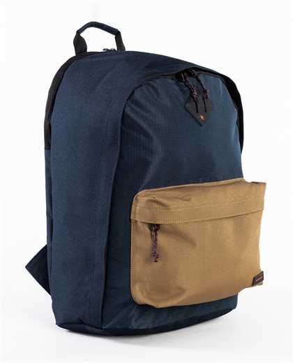 Dome Deluxe Hyke Backpack